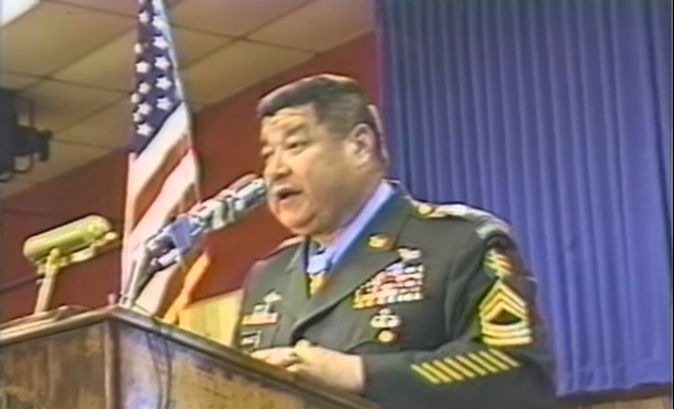 MSGT Roy Benavidez Message To America – YouTube