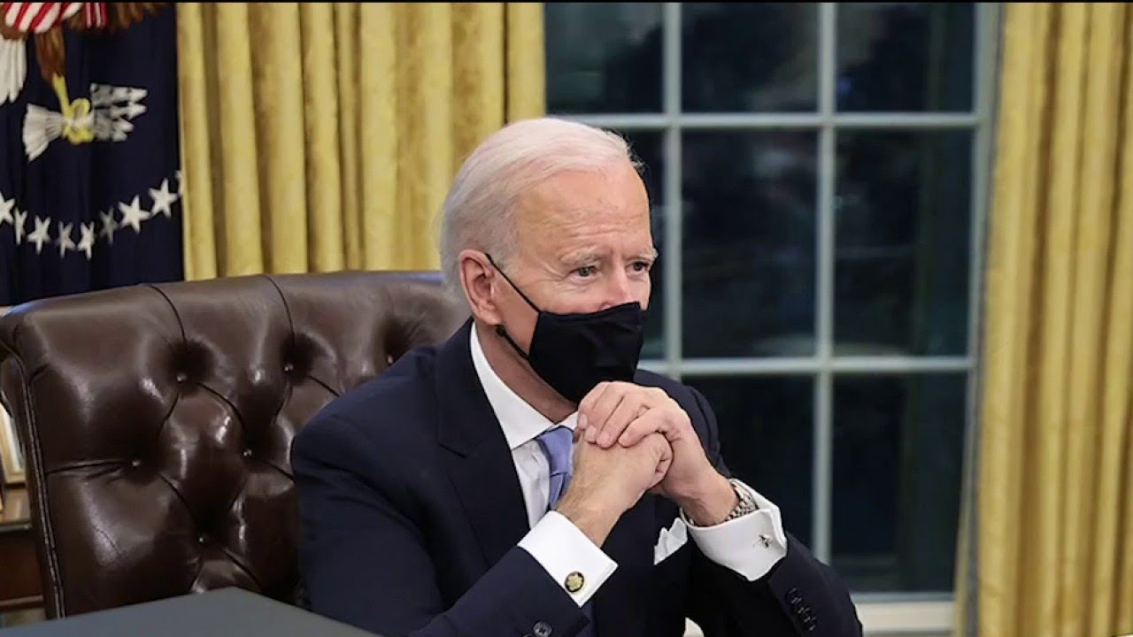 Biden disbands 1776 Commission with executive order